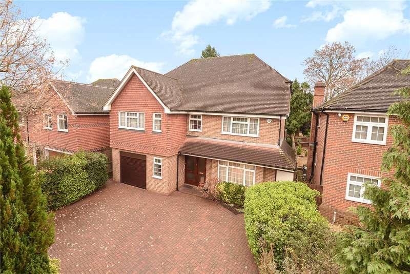 4 Bedrooms House for sale in Heythrop Drive, Ickenham, Uxbridge, Middlesex, UB10