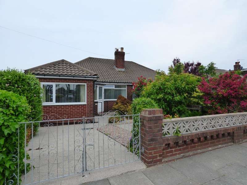 2 Bedrooms Bungalow for sale in Belvedere Road, Thornton Cleveleys, Lancashire, FY5 5DF
