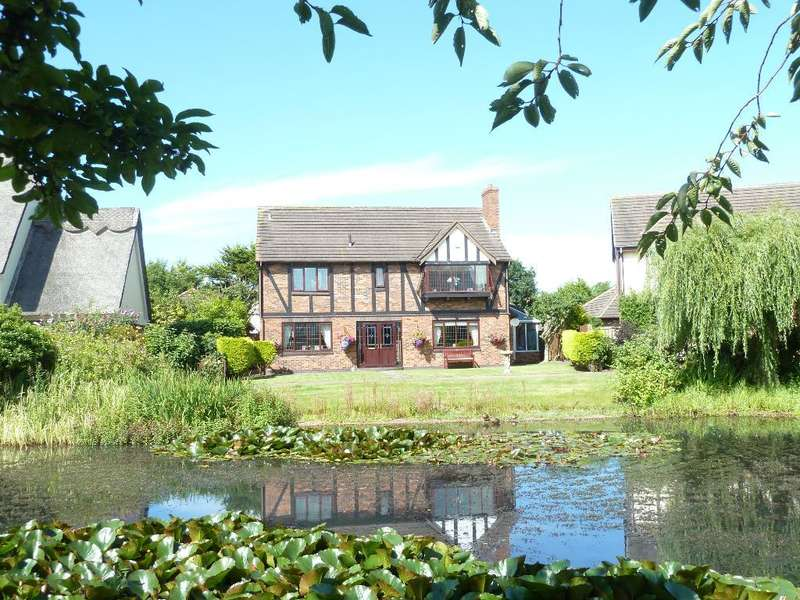 4 Bedrooms Detached House for sale in *PART EXCHANGE CONSIDERED*The Hermitage, Thornton Cleveleys, Lancashire, FY5 2TH