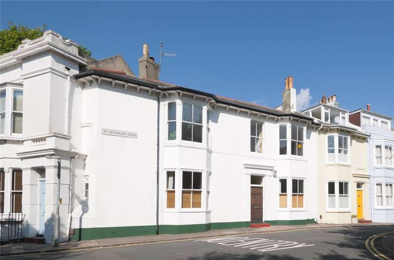 3 Bedrooms Terraced House for sale in St. Nicholas Road, Brighton, East Sussex, BN1