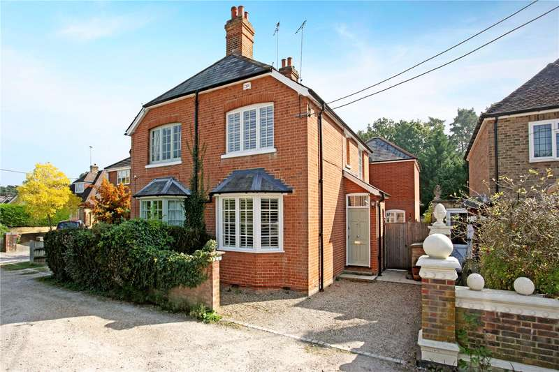 3 Bedrooms Semi Detached House for sale in Kiln Lane, Winkfield, Windsor, Berkshire, SL4