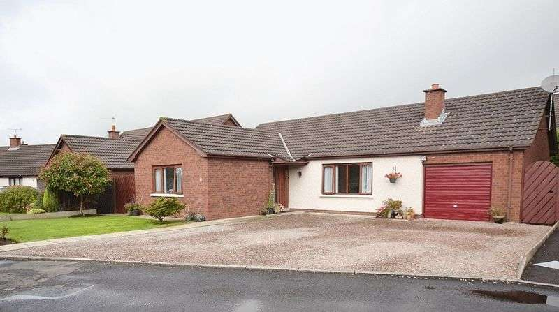 3 Bedrooms Detached Bungalow for sale in Harwood Park, Carrickfergus
