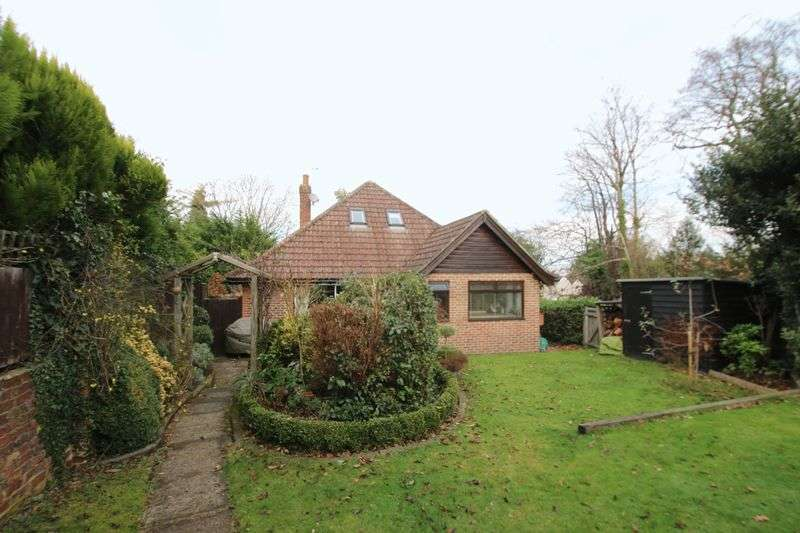 3 Bedrooms Detached House for sale in Pembury Road, Tonbridge