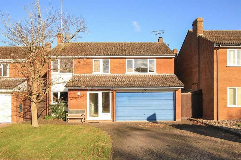4 Bedrooms Detached House for sale in Huntsmans Close, Dagnall, BERKHAMSTED, HP4