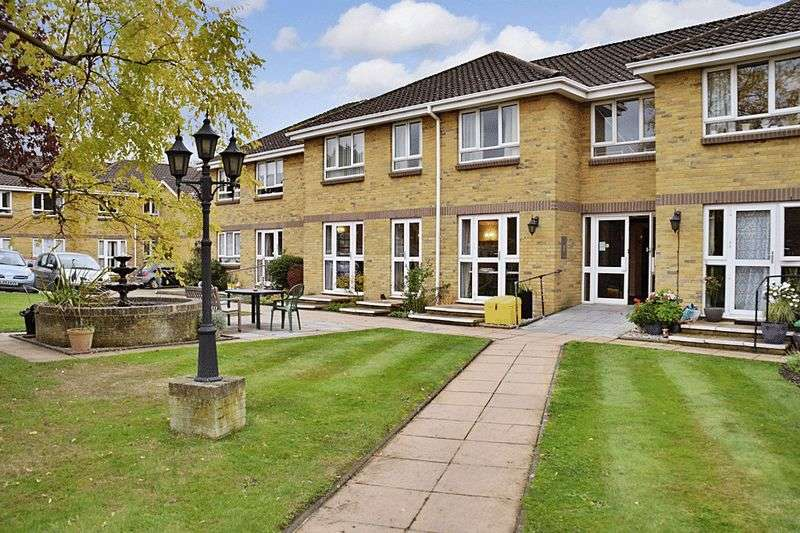 1 Bedroom Retirement Property for sale in Arbrook Court, Chessington, KT9 1NS