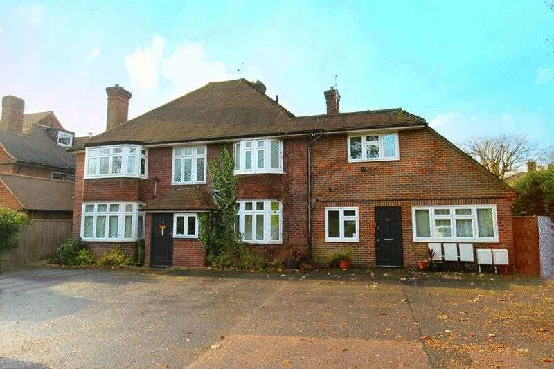 4 Bedrooms Flat for sale in Smitham Bottom Lane, Purley