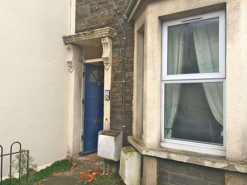 2 Bedrooms Flat for sale in Queen Street, Bristol