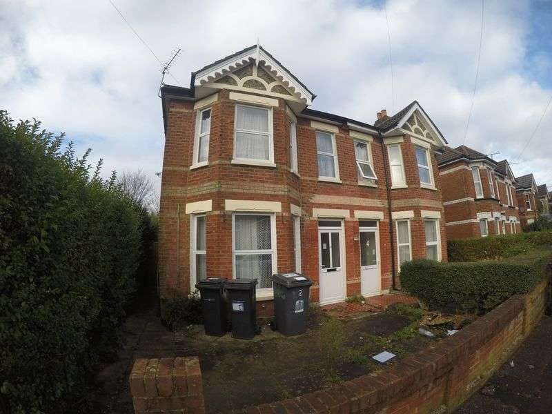5 Bedrooms Semi Detached House for rent in 5 double bedroom student property