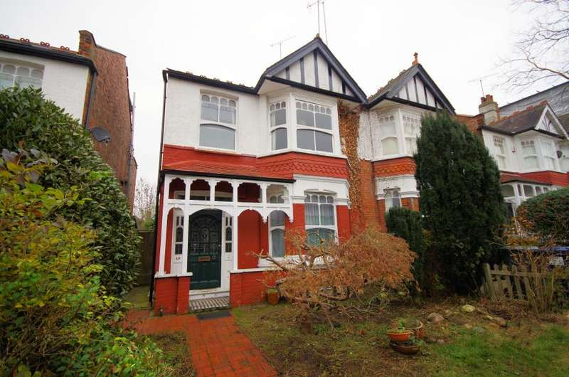 4 Bedrooms Semi Detached House for sale in WINDSOR ROAD, FINCHLEY, N3