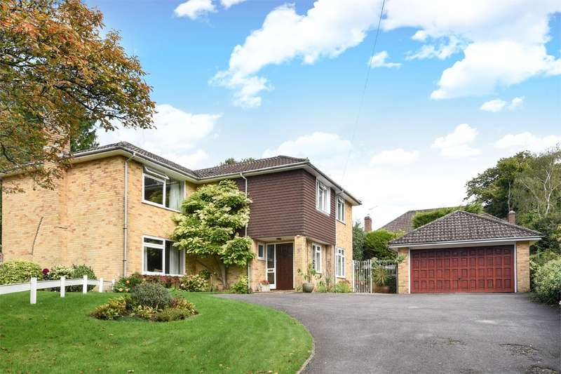 5 Bedrooms Detached House for sale in Abbey Hill Close, Winchester, SO23