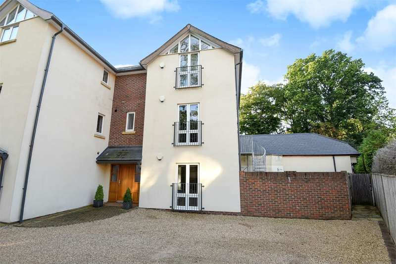 6 Bedrooms Apartment Flat for sale in Pine Way, Southampton, SO16