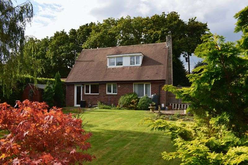 3 Bedrooms Detached House for sale in Kings Copse Road, Southampton
