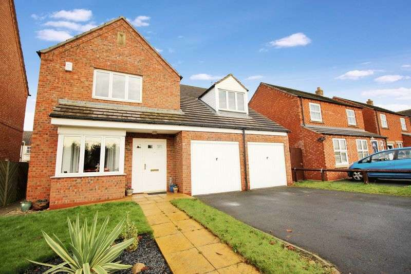 4 Bedrooms Detached House for sale in Brigantia Gardens, Scarborough