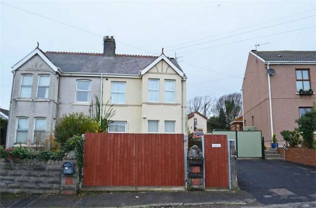 3 Bedrooms Semi Detached House for sale in Springfield Terrace, Burry Port, Carmarthenshire