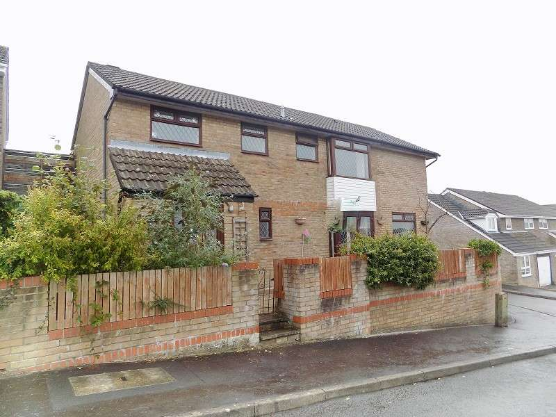 5 Bedrooms Detached House for sale in The Woodlands, Brackla, Bridgend. CF31 2JF