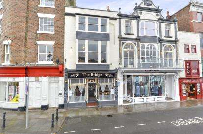 2 Bedrooms Pub Commercial for sale in The Bridge Bar and Brasserie, St. Annes Staith, Whitby
