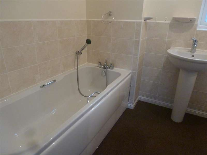 3 Bedrooms Detached House for sale in Cotton Road, Portsmouth, Hampshire