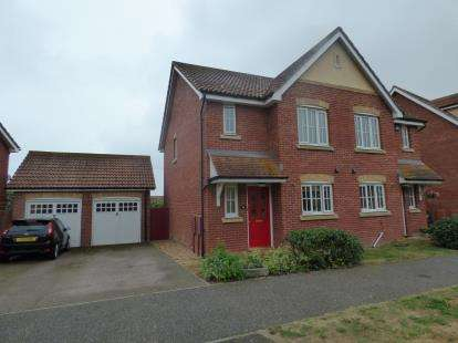 3 Bedrooms Semi Detached House for sale in Harwich, Essex
