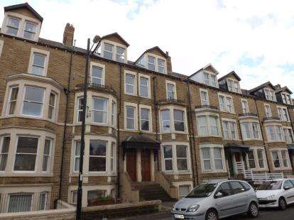 2 Bedrooms Flat for sale in West End Road, Morecambe, Lancashire, United Kingdom, LA4