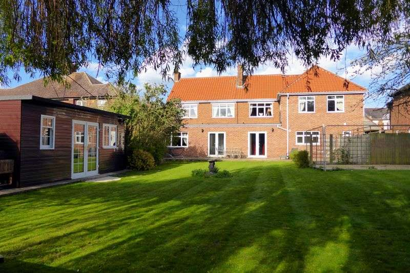 5 Bedrooms Detached House for sale in Queens Road, Wisbech, Cambridgeshire