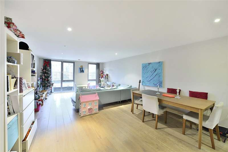 2 Bedrooms Flat for sale in Blackthorn Avenue, London, N7