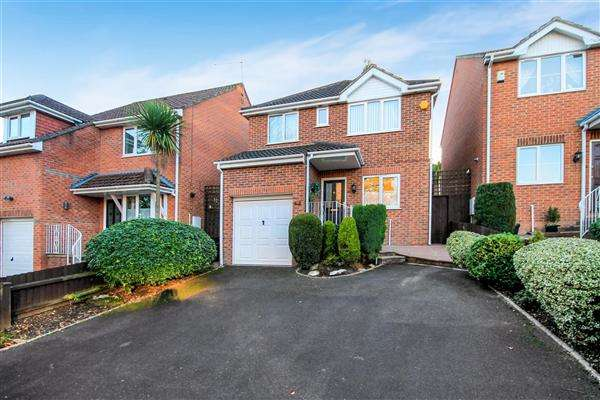 3 Bedrooms Detached House for sale in Winston Avenue, Branksome, Poole