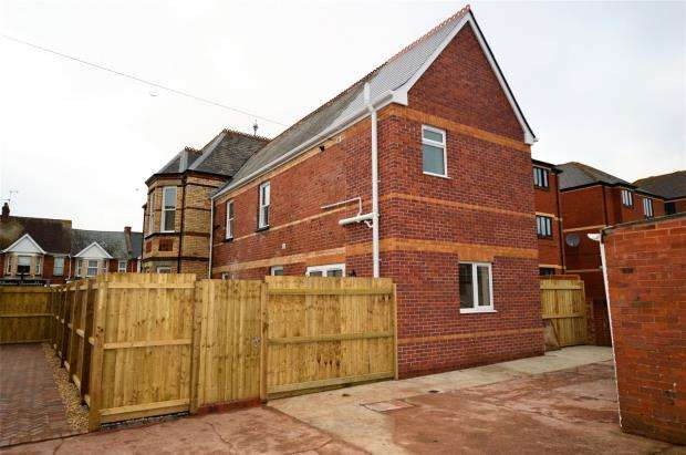 3 Bedrooms Semi Detached House for sale in Exeter Road, Exmouth, Devon