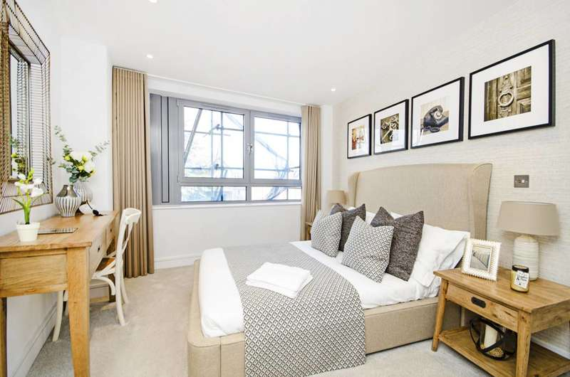 3 Bedrooms Flat for sale in Station Road, New Barnet, EN5