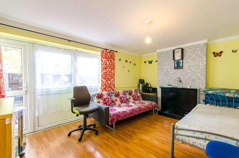 3 Bedrooms Maisonette Flat for sale in Kebbell Terrace, Forest Gate, E7