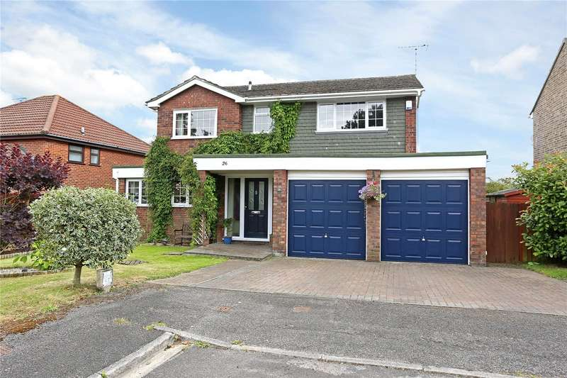 4 Bedrooms Detached House for sale in Cranford Drive, Holybourne, Alton, Hampshire, GU34