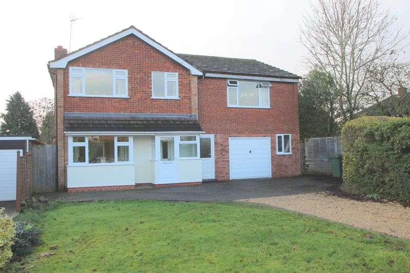4 Bedrooms Detached House for sale in Winchcombe Road, Alcester