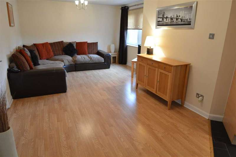 2 Bedrooms Apartment Flat for sale in Montrose Court, Carfin
