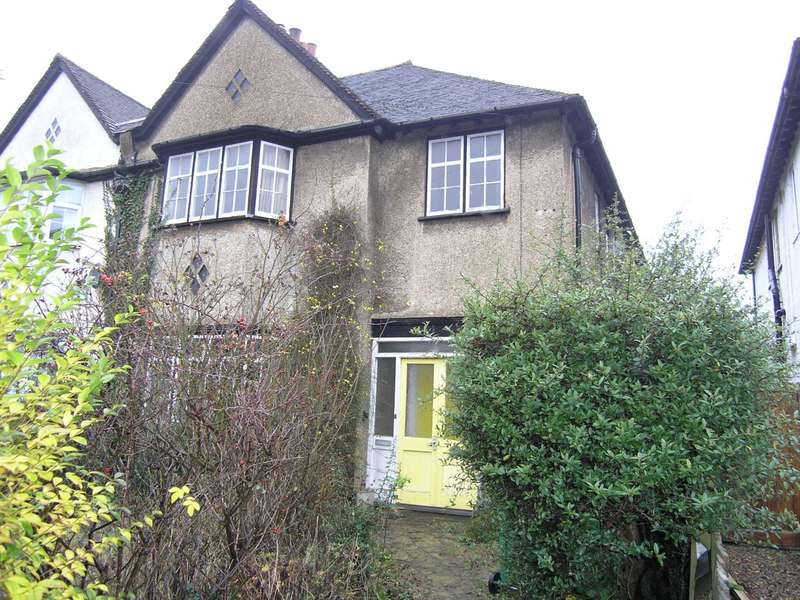 4 Bedrooms Semi Detached House for sale in Pinner Road, Oxhey