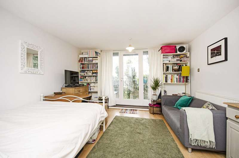 4 Bedrooms House for sale in Rosemont Road, South Hampstead, NW3