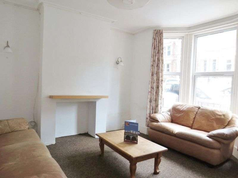 4 Bedrooms Terraced House for rent in Riley Road, Brighton
