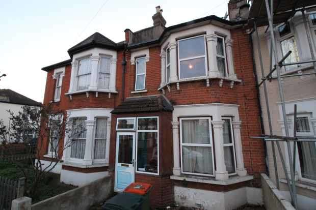 3 Bedrooms Terraced House for sale in Shakespeare Crescent, London, Greater London, E12 6NB