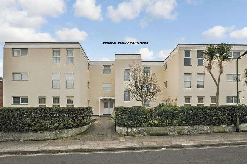2 Bedrooms Flat for sale in Coombe Road, Preston, Paignton