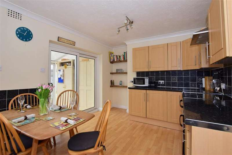 3 Bedrooms Semi Detached House for sale in Sandcross Lane, Reigate, Surrey