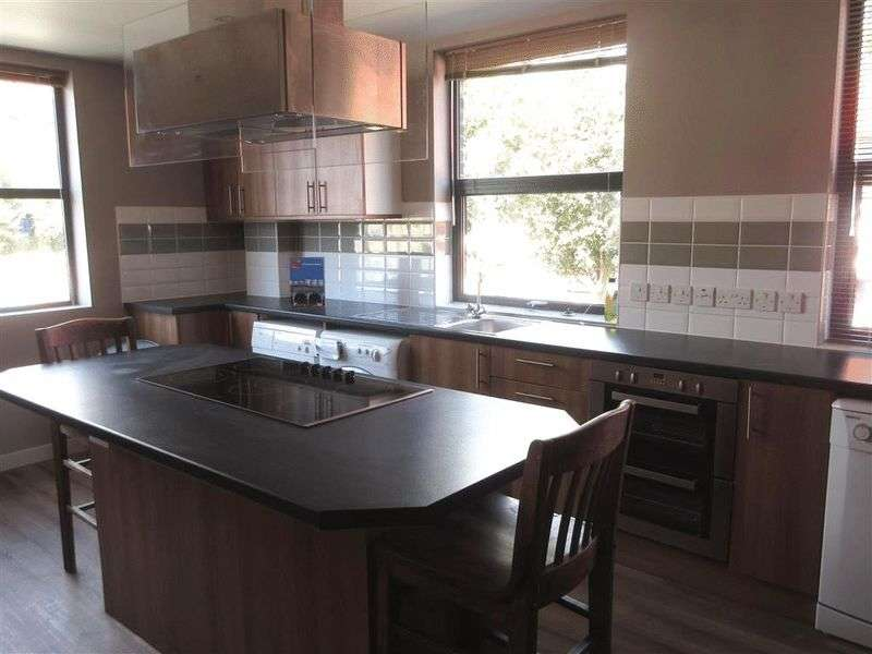 8 Bedrooms House for rent in Lewes Road, Brighton