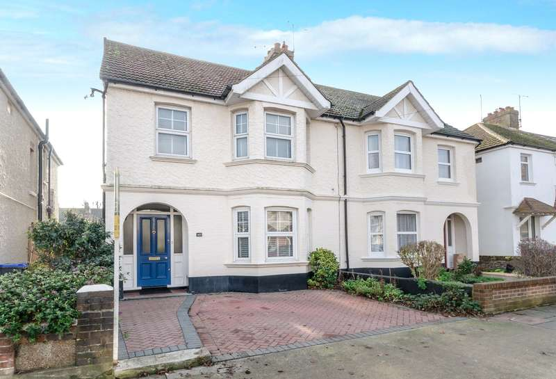 4 Bedrooms Semi Detached House for sale in Kingsland Road, Broadwater, Worthing, BN14