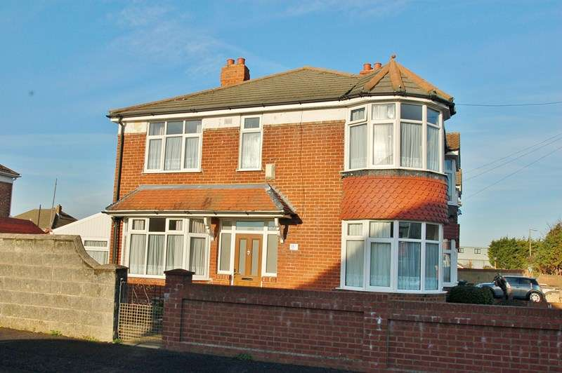 3 Bedrooms End Of Terrace House for sale in Albemarle Avenue, Gosport