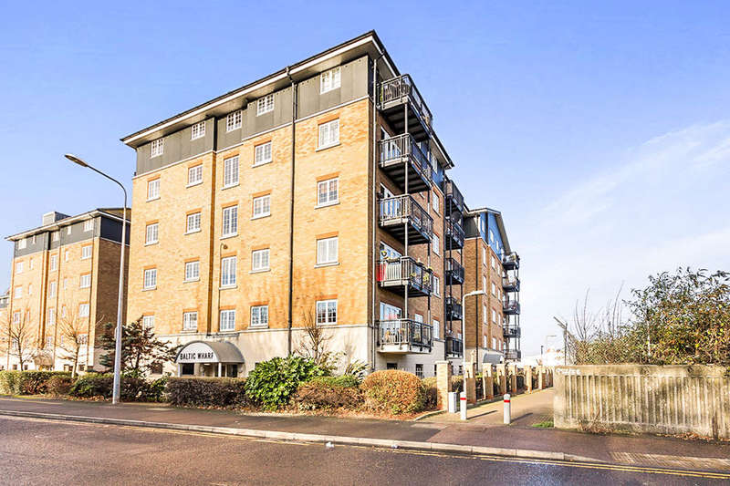 2 Bedrooms Flat for sale in Baltic Wharf Clifton Marine Parade, Gravesend, DA11