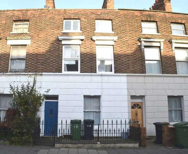 4 Bedrooms Terraced House for sale in Portland Street, King's Lynn