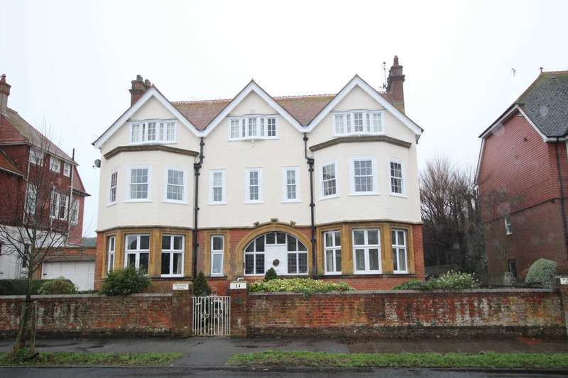 3 Bedrooms Flat for sale in Chesterfield Road, Eastbourne, BN20 7NU