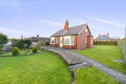 2 Bedrooms Bungalow for sale in Linden Road, Great Ayton, North Yorkshire, England
