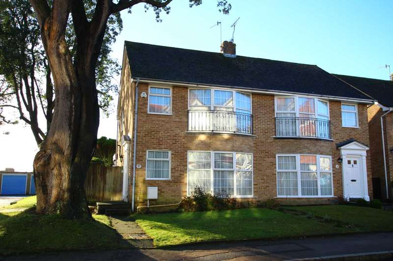 3 Bedrooms Semi Detached House for sale in Vicarage Road, Old Town, BN20 8AH