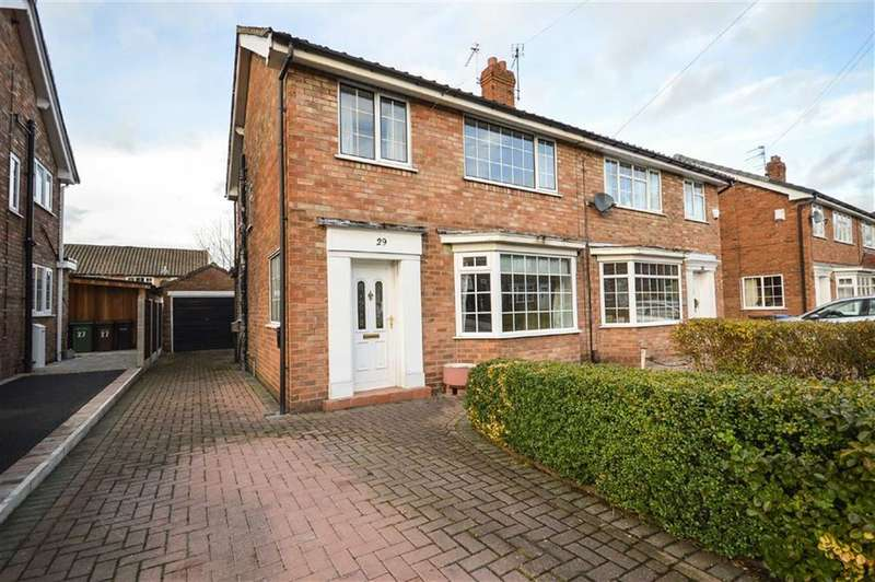 3 Bedrooms Property for sale in MUSBURY AVENUE, Cheadle Hulme, Cheadle