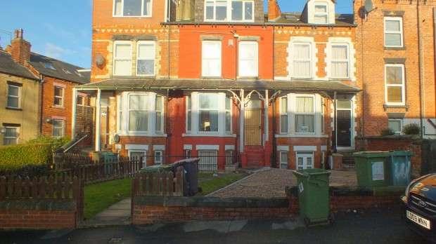 7 Bedrooms Terraced House for rent in Hyde Park Terrace, Leeds, LS6