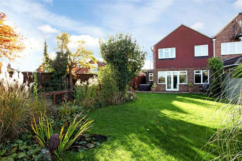 3 Bedrooms Semi Detached House for sale in Fifield Road, Fifield, Maidenhead, Berkshire, SL6