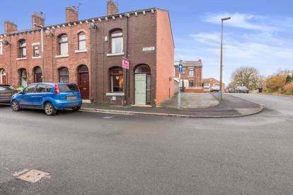 2 Bedrooms Terraced House for sale in East Street, Feniscowles, Blackburn, Lancashire